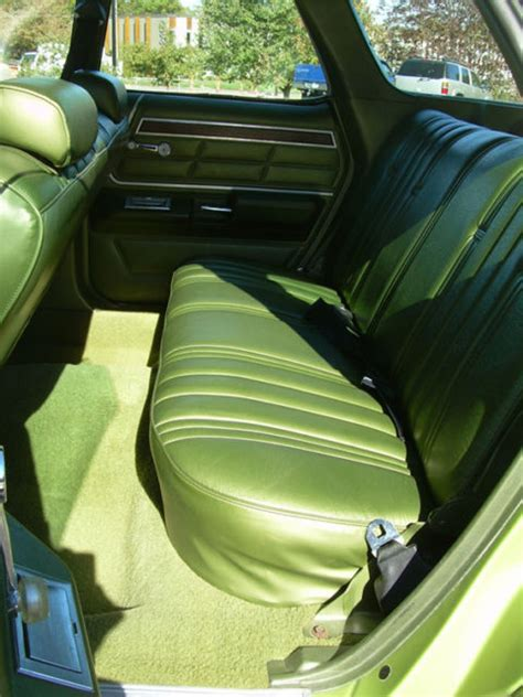 1975 Ford LTD station wagon (no wood 75 Country Squire) NO