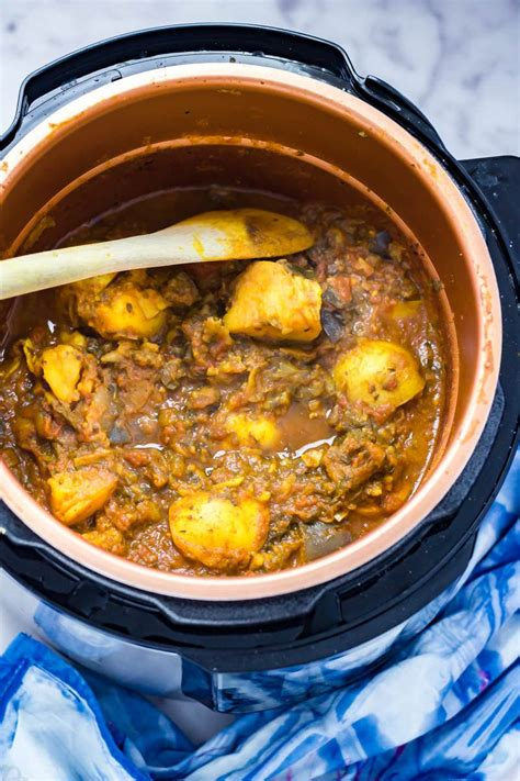 Pressure Cooker Curry with Potato & Aubergine • The Cook