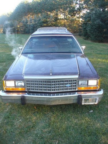 Sell used 1984 Ford LTD CROWN VIC Station Wagon 83k