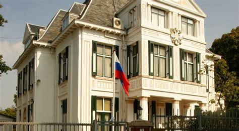 Netherlands expels Russian diplomats suspected of spying
