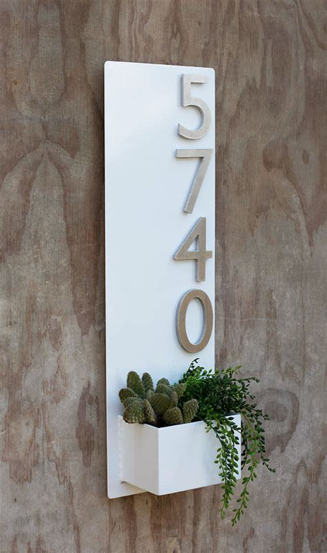 Wall Planter with Brushed Aluminum Address Numbers - Decoholic