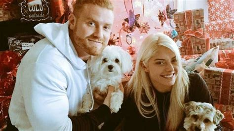 Page 2 - 5 WWE Couples that split up but still continued