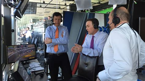 Harvick Returns to FOX NASCAR Booth in 2017 for Eight